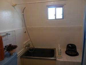 シャワー・トイレ 2段目右