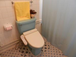 トイレ・シャワー左下