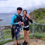 真栄田岬青の洞窟でシュノケール 台風の合間にラッキーなタミング。
