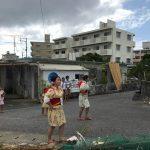 夏の沖縄本島はエイサーで大盛り上がり。