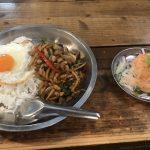 暑い沖縄に似合うタイ料理【アジアン食堂シロクマ】
