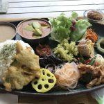 豊富な野菜とカレーを食べるなら読谷村デビチカがお勧め