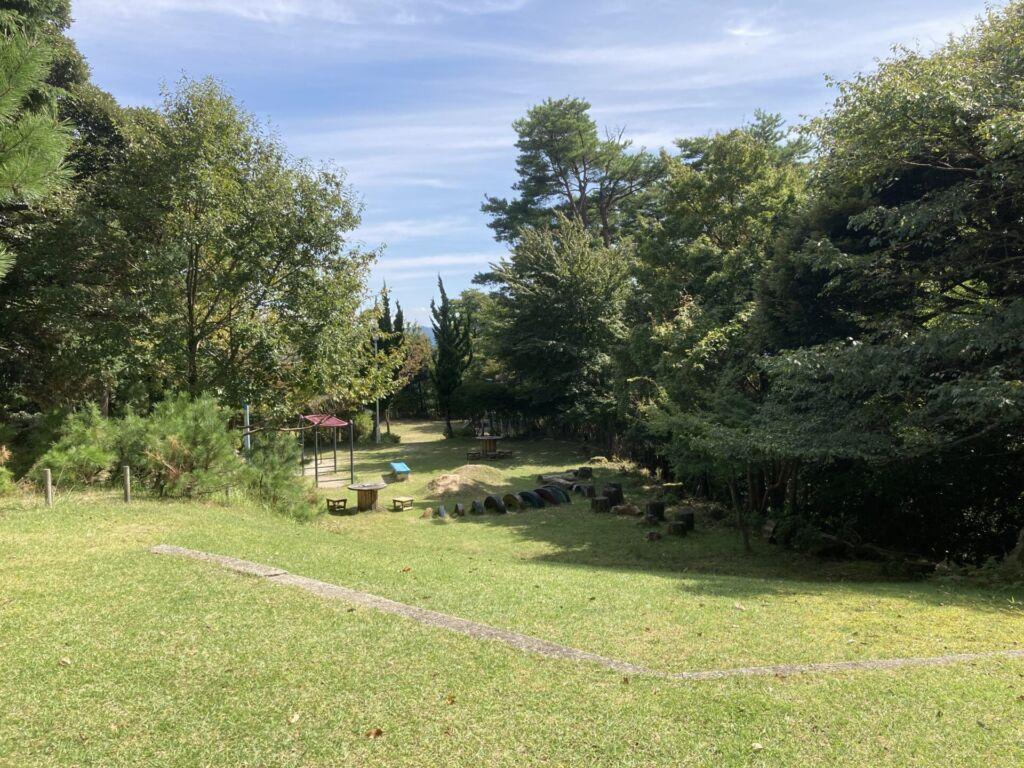 城崎温泉 大師山山頂 芝生の広場